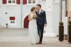 Hochzeitsfotograf Pfalz - Hochzeitsfotos Brautpaarshooting Altstadt Deidesheim