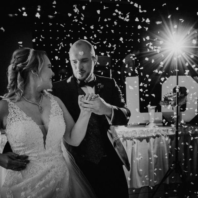 Hochzeitsfotograf im Saarland und der Pfalz - Hochzeitstanz Brautpaar russische Hochzeit mit Tamada