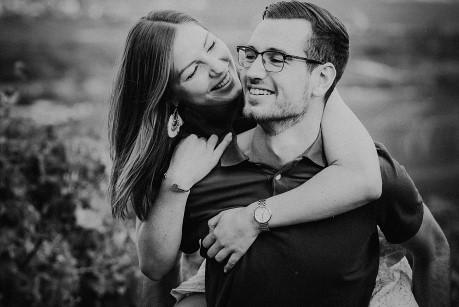 Hochzeitsfotograf im Saarland und der Pfalz - Coupleshooting in Bingen - Paarshooting St.-Rochus-Kapelle